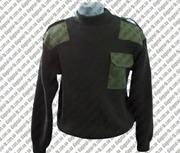 Форменный свитер на молнии