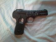 Продам  пистолет Вальтер с времен 1941-1945.